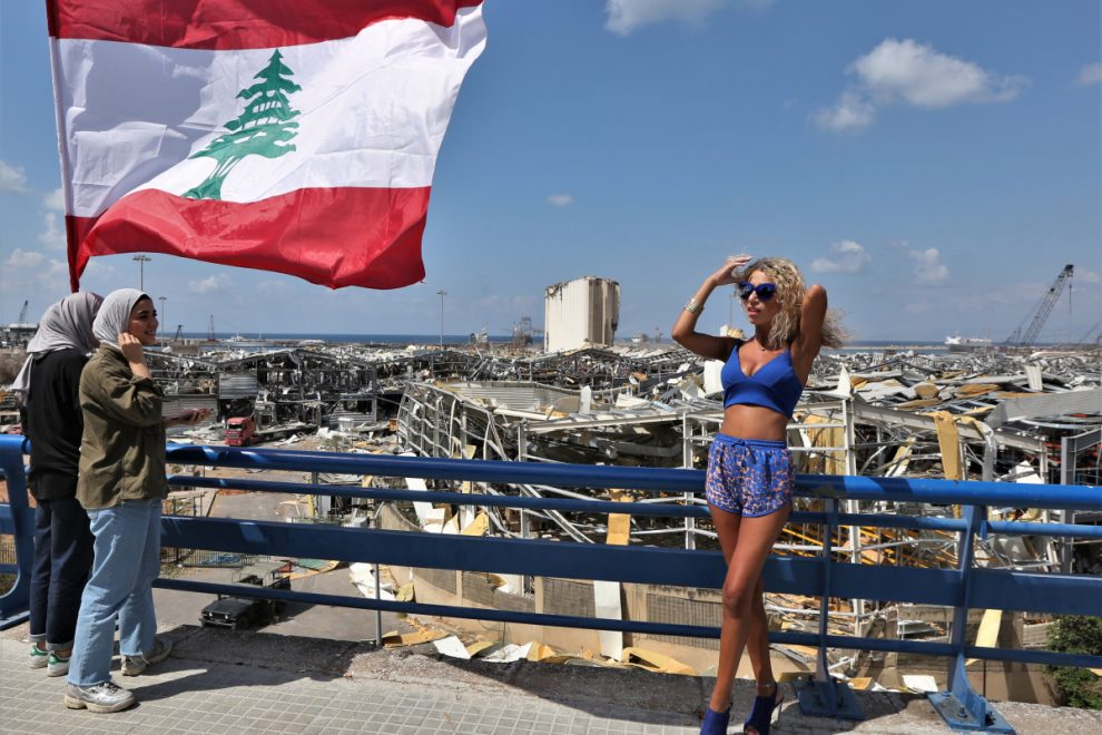 Ghouls pose for sexy pics in front of Beirut blast site where 158 died just last week