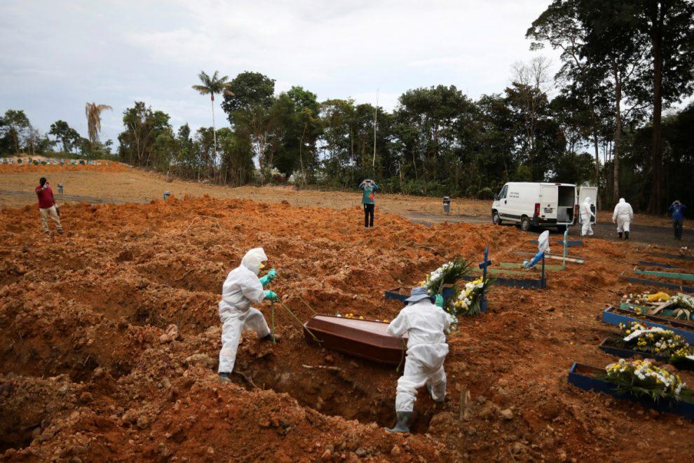 Lockdown-free Brazilian city 'reaches herd immunity' as coronavirus cases suddenly fall after 3,300 deaths