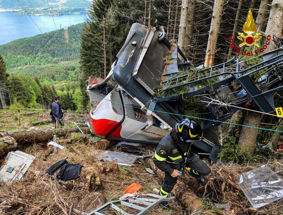 Italy cable car accident: Three arrested over crash that left 14 dead including two children